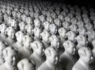 成都博物馆内展出的毛泽东塑像