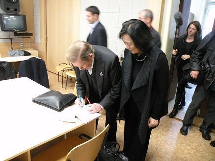 高瑜在布拉格:请你们记住一个中国名字——刘晓波